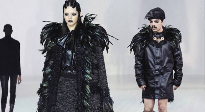 Kendall Jenner and Kirby photoshop on the catwalk