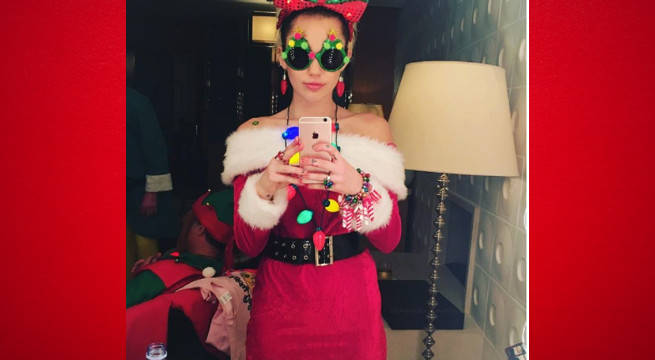 Miley Christmas outfit