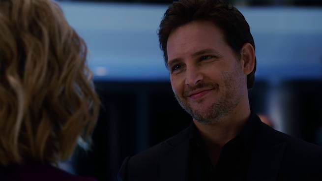 peter-facinelli-as-maxwell-lord
