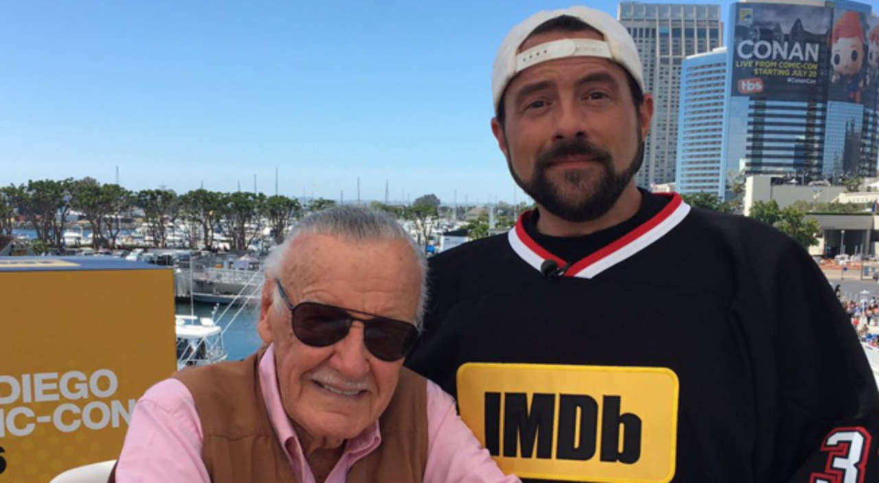 "Audience Gives Stan Lee ""Hero's Welcome"" During Jay & Silent Bob Reboot Screening"