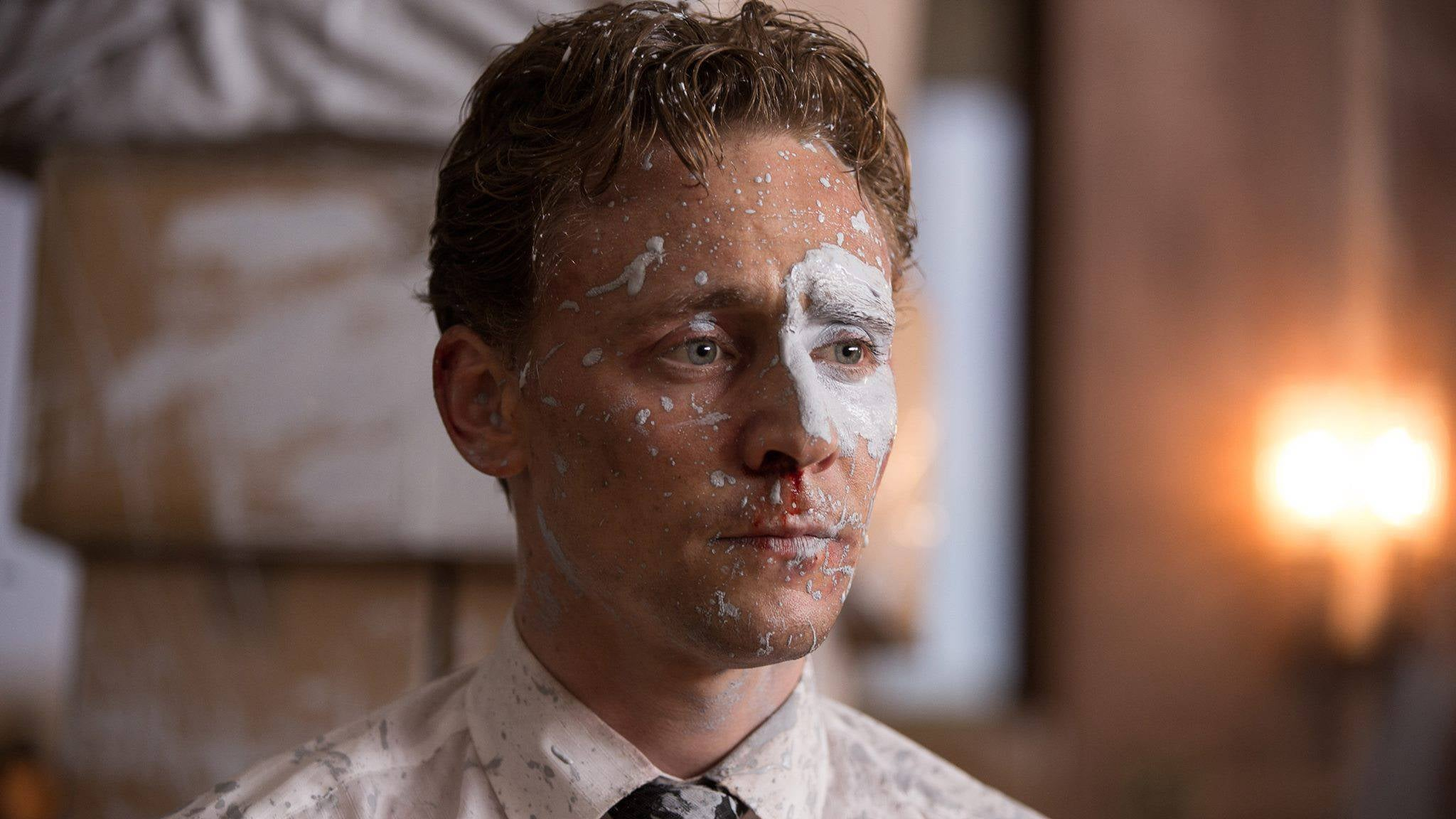 tom hiddleston high-rise 2016