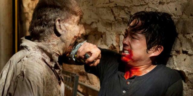 twd glenn chair zombie