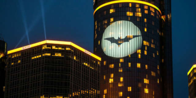 The New York State Building Will Glow Yellow Batman Day
