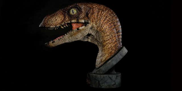 jurassic-park-raptor-bust-2
