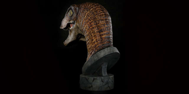 jurassic-park-raptor-bust-3