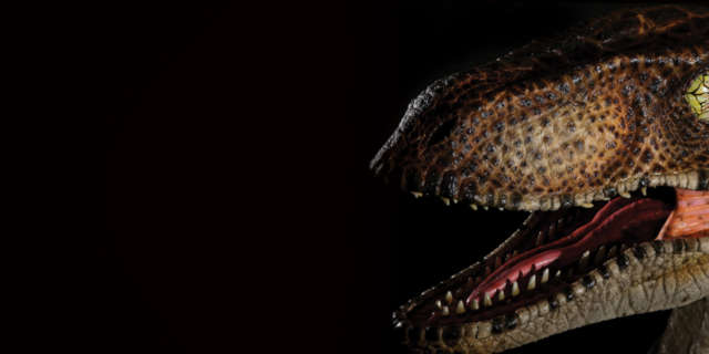 jurassic-park-raptor-bust-7