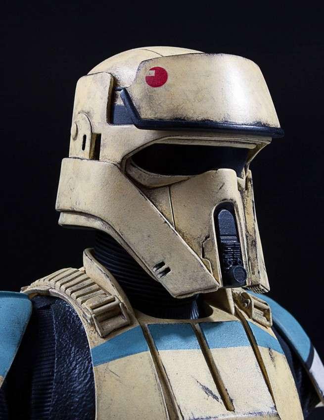 Shore-Trooper-Classic-Mini-Bust-010