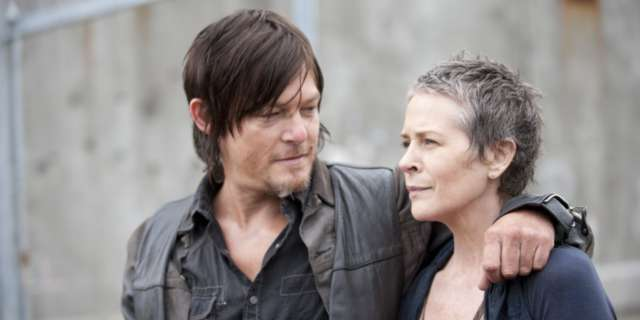 Daryl-Carol-Walking-Dead-Couple