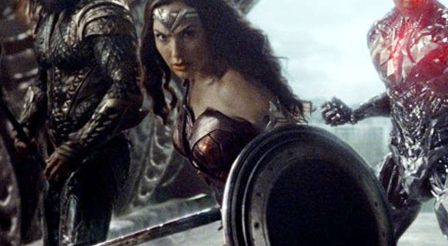 New Justice League Photo Featuring Wonder Woman, Aquaman, And Cyborg