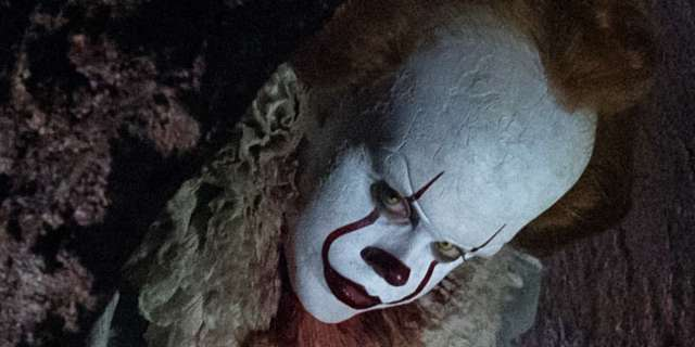 Wallpaper It Clown Bill Skarsgard Horror 2017 Hd: Stephen King's IT Will Be R-Rated, New Look At The Losers