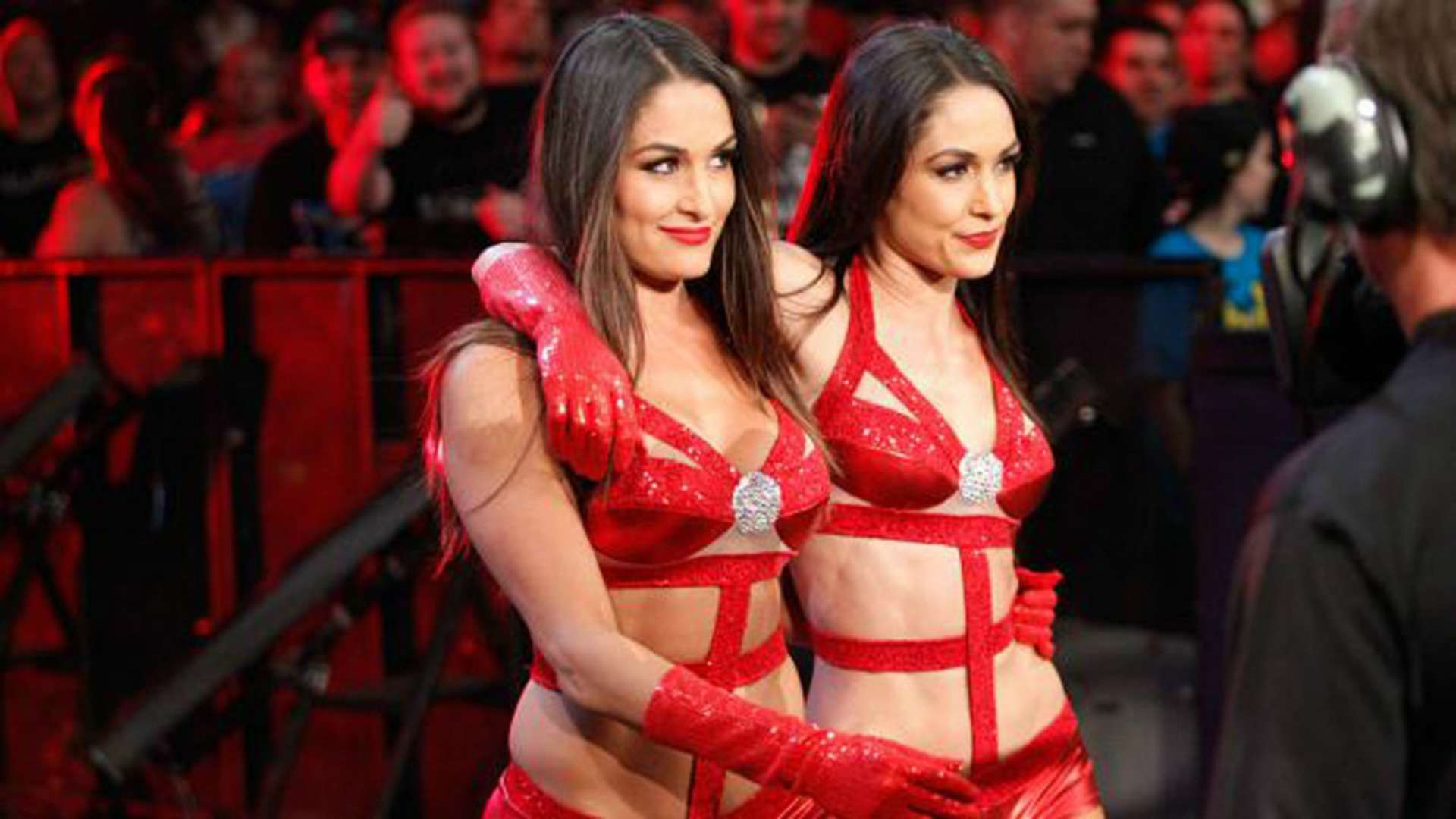WWE-Nikki-Bella-Twins-Red-Outfits