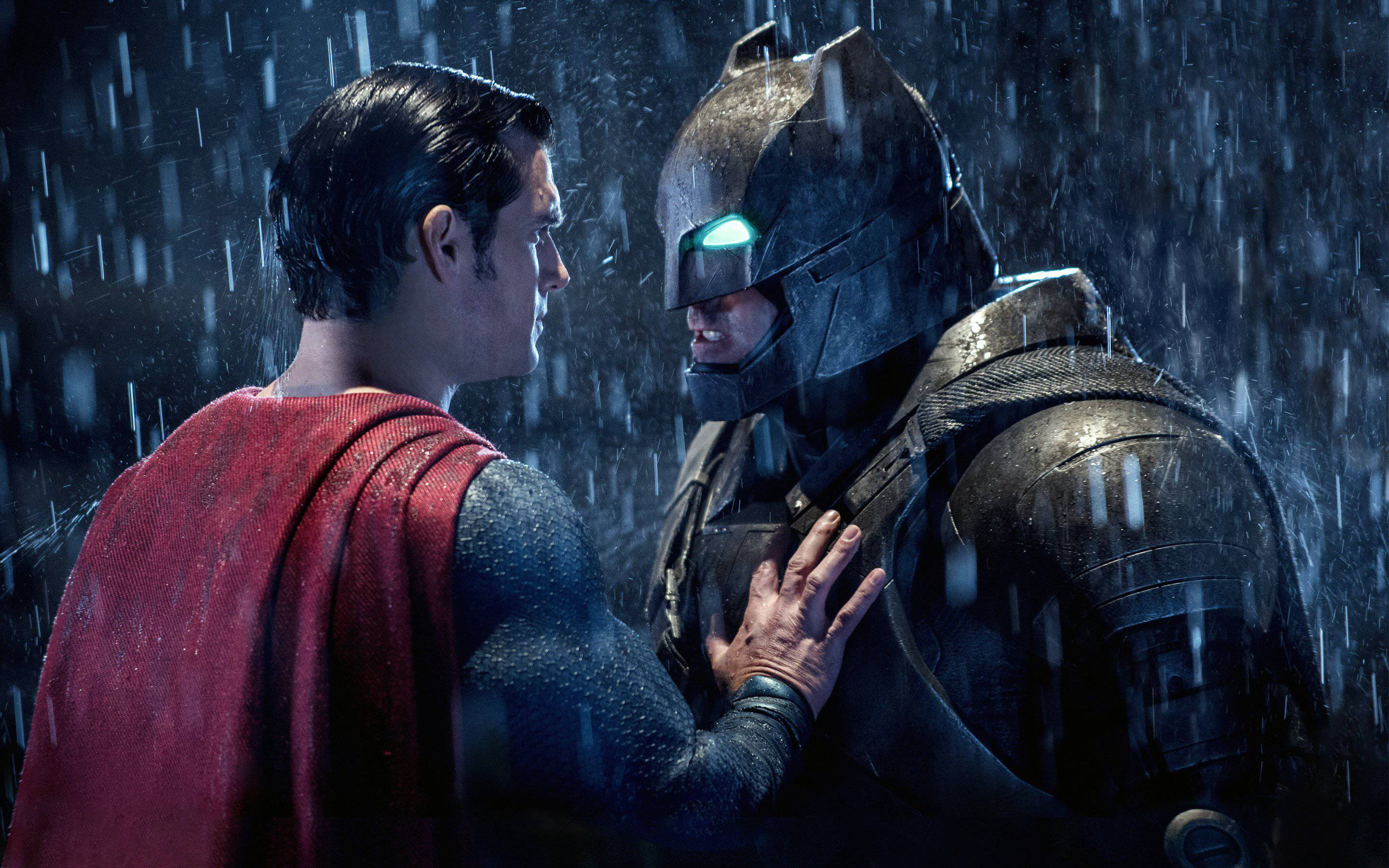 Batman v Superman Producer Knocks Rotten Tomatoes For Destroying Film Criticism