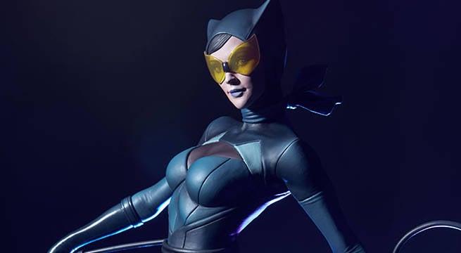 Catwoman-Sideshow-Artgerm-Statue-Header