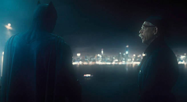 Justice-League-Trailer-Batman-Gordon-Playing-Nice