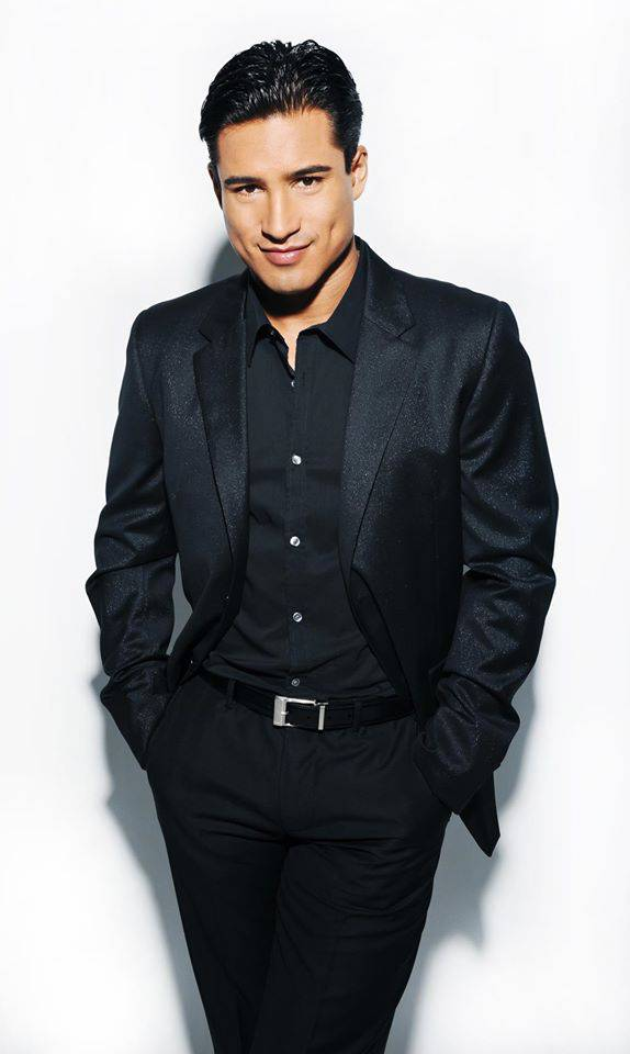 mario lopez black suit