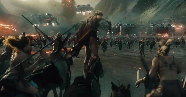 New-Gods-vs-Amazons-Justice-League