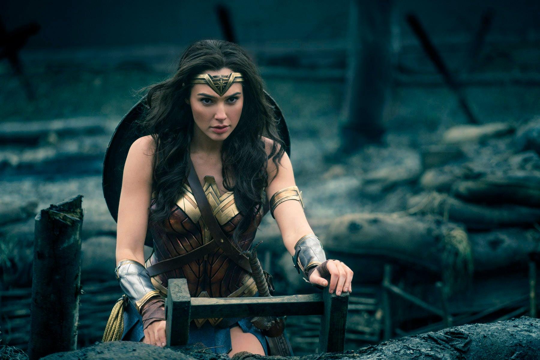Wonder Woman Preview Edit Bay Footage Reaction No Mans Land Scene