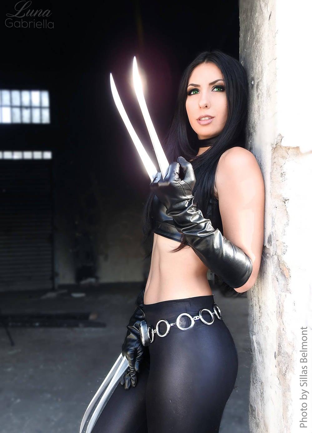 X-23-Fan-Cosplay-Friday-Luna-Gabriela-Sillas-Belmont03