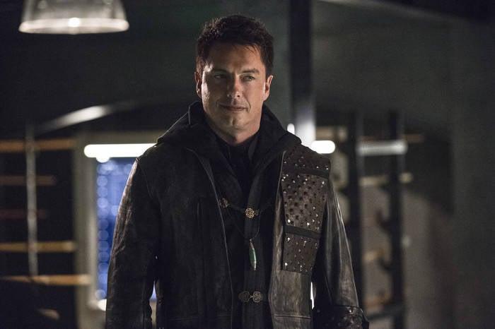 arrow season 5 finale returns merlyn