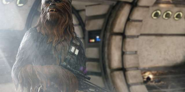 Chewbacca-Statue-by-Sideshow-001