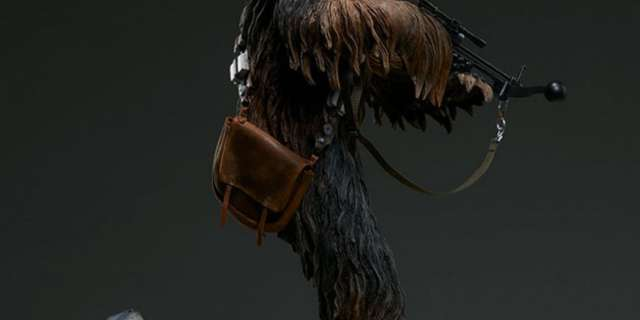 Chewbacca-Statue-by-Sideshow-006