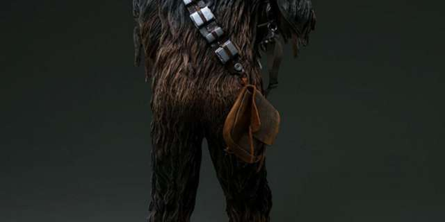 Chewbacca-Statue-by-Sideshow-007