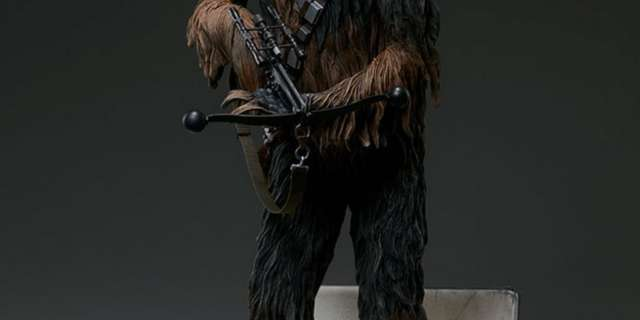 Chewbacca-Statue-by-Sideshow-008