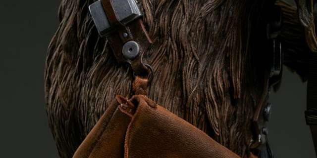 Chewbacca-Statue-by-Sideshow-011