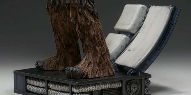 Chewbacca-Statue-by-Sideshow-013