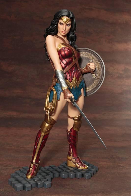 Kotobukiya-Wonder-Woman-Film-Statue-10