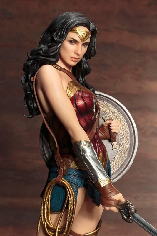 Kotobukiya-Wonder-Woman-Film-Statue-08