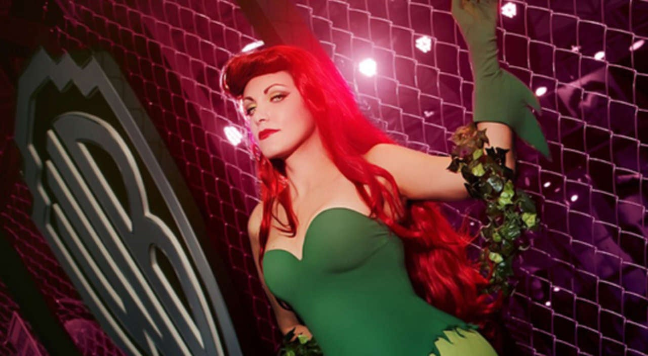fan cosplay friday the ravishing animated series poison ivy by