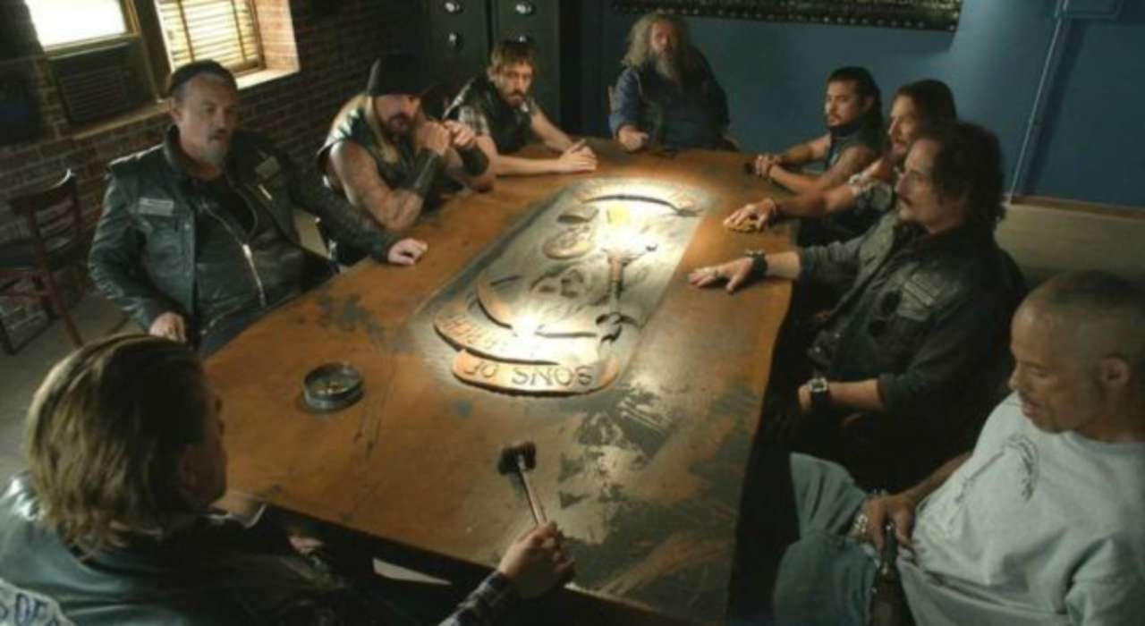 Kurt Sutter Gives A First Look Inside The Mayans Mc Clubhouse