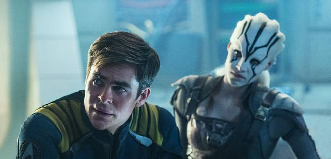 Star Trek Beyond Stars Chris Pine And Sofia Boutella Might Be Dating!