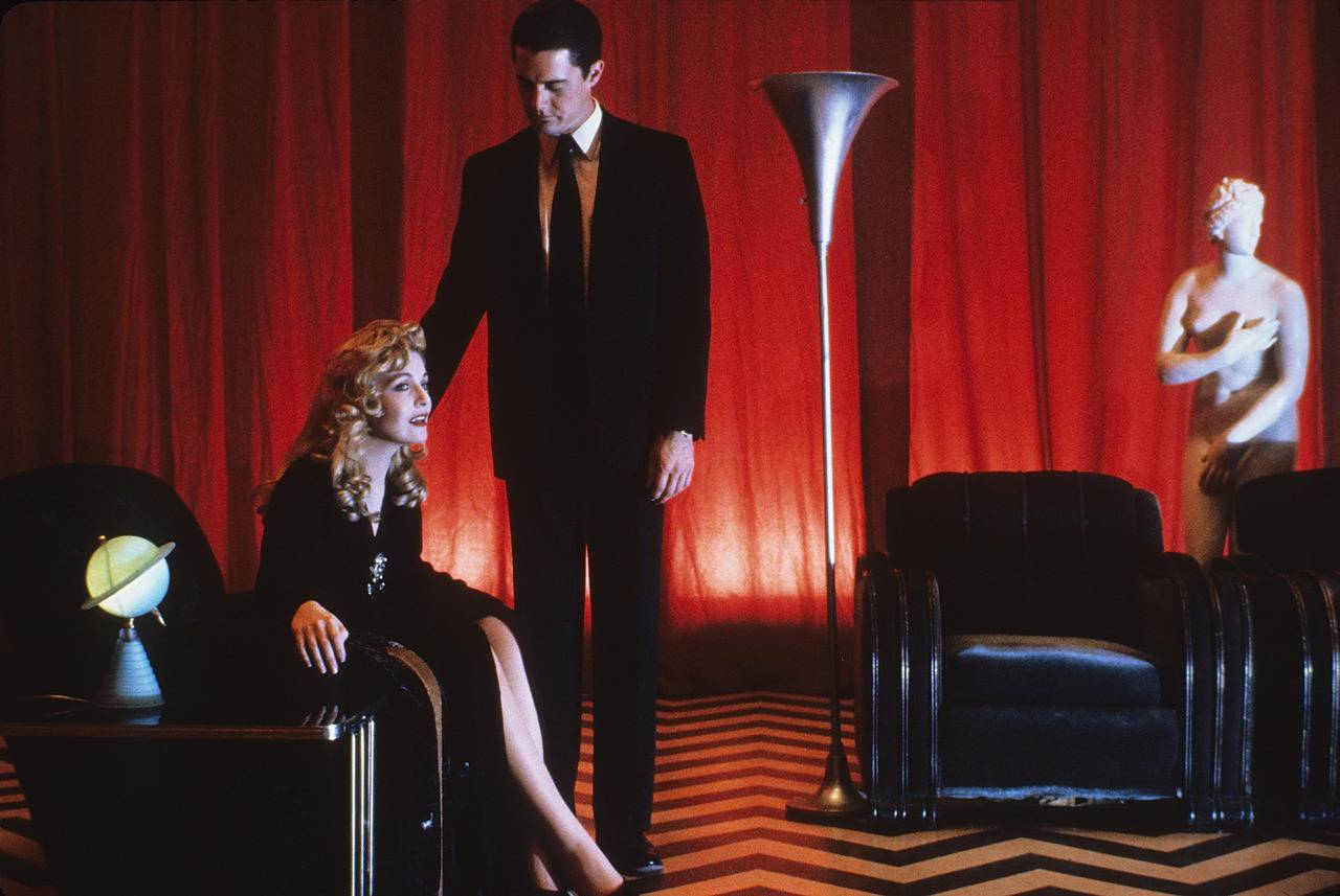 Get Up-To-Date (And Spoiled) on Twin Peaks With New Trailer