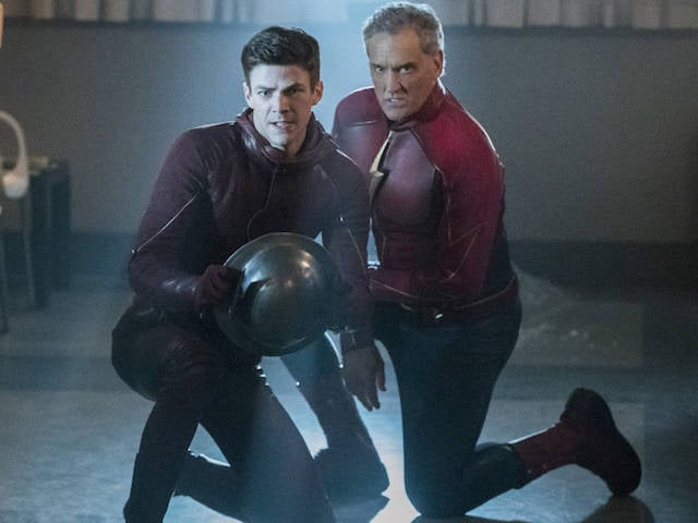 Barry-Allen-and-Jay-Garrick-in-The-Flash-episode-Into-the-Speed-Force