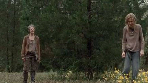 carol-lizzie-walking-dead
