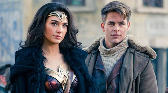 Gal Gadot and Chris Pine Star in Wonder Woman 2017