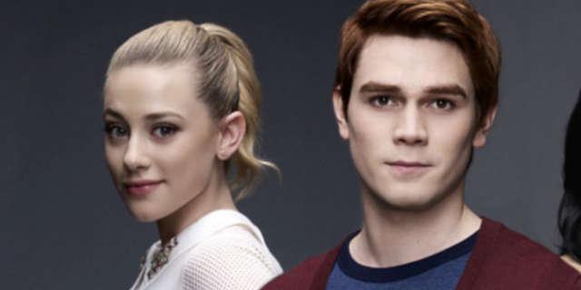 riverdale archie betty romance season 2 tease