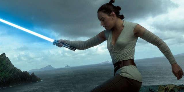 star wars anakin skywalker blue lightsaber belongs to ray