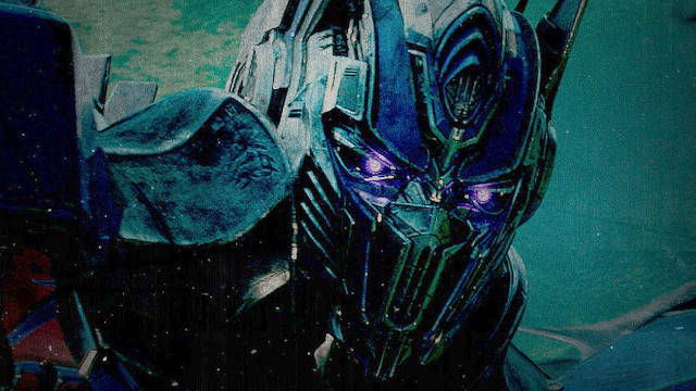 Transformers The Last Knight Clip