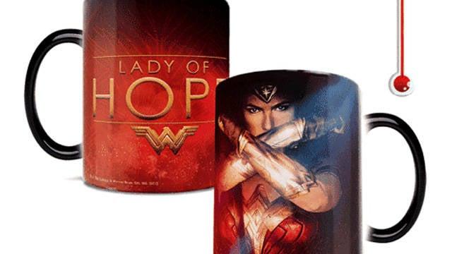 Wonder-Woman-Morphing-Coffee-Mug