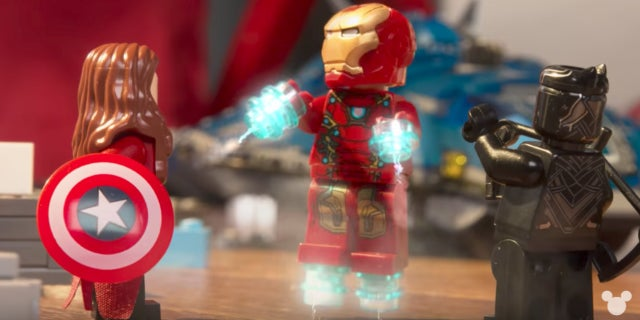 captain-america-civil-war-as-told-by-lego