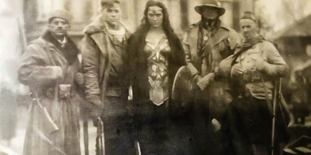 Wonder Woman 1918 WWI Photo DCEU