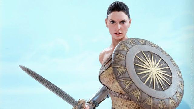 Wonder-Woman-Hot-Toys-Training-Figure