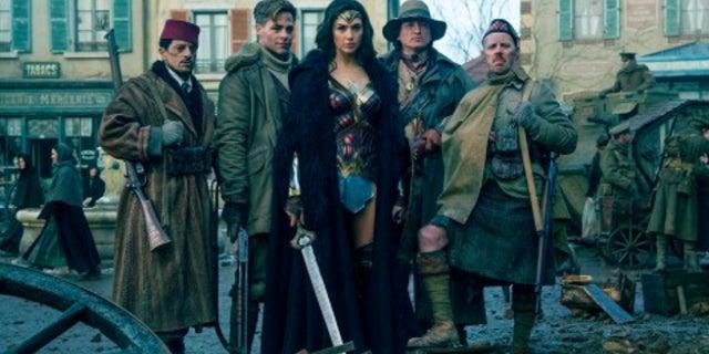 Wonder Woman How Steve Trevor Can Return DCEU
