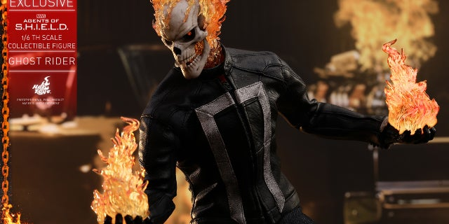 Hot Toys - AOS - Ghost Rider collectible figure PR12