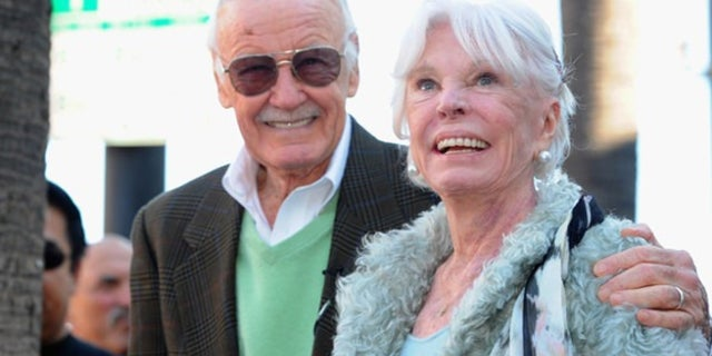 joan-stan-lee