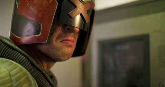 Karl-Urban-as-Judge-Dredd
