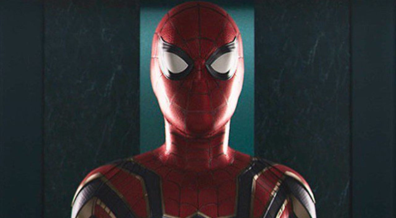 & Best Look Yet At Spider-Manu0027s New Armor Suit